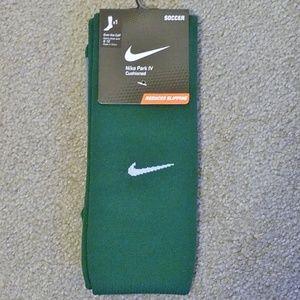 Nike Green Park IV Cushioned Soccer Socks